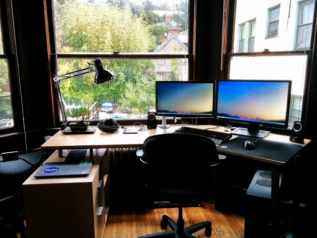 Desktop_MultiDisplay37_64.jpg