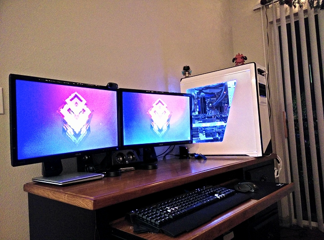 Desktop_MultiDisplay37_90.jpg