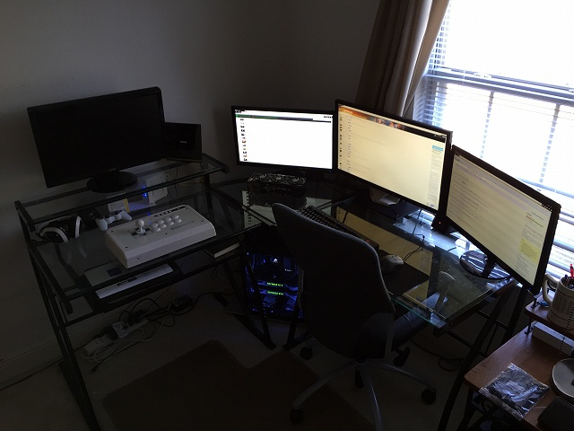 Desktop_MultiDisplay38_06.jpg