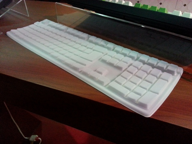 Keyboard_Silicone_Cover_01.jpg