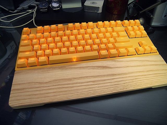 Mechanical_Keyboard_Palmrest3_06.jpg