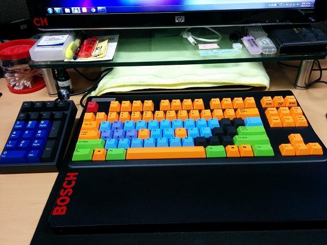 Mechanical_Keyboard_Palmrest3_25.jpg