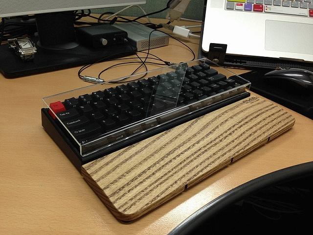Mechanical_Keyboard_Palmrest3_29.jpg