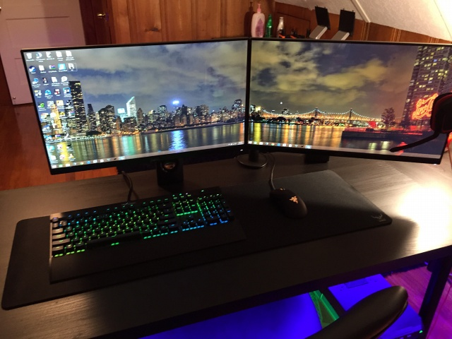 PCdesk_MultiDisplay50_51.jpg