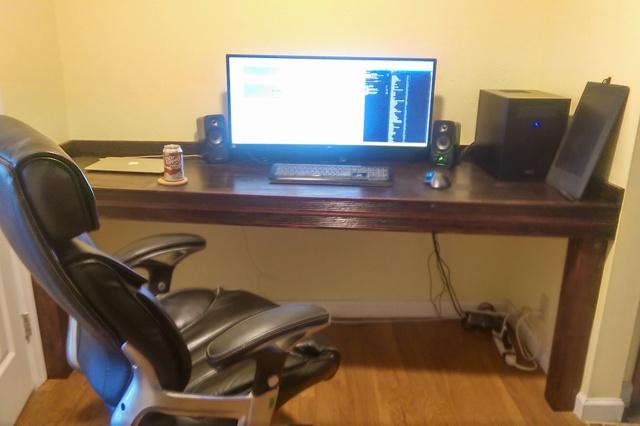 PCdesk_UltlaWideMonitor5_67.jpg