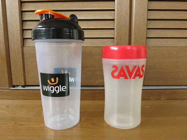 Wiggle_Nutrition_Shaker_Bottle_08.jpg