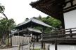東大寺三月堂と二月堂