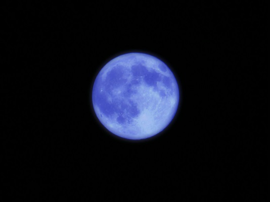 bluemoon2.jpg