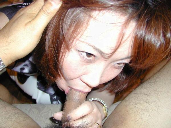 熟女フェラチオ画像 26