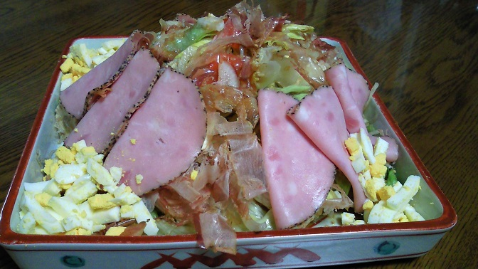 自家製サラダ