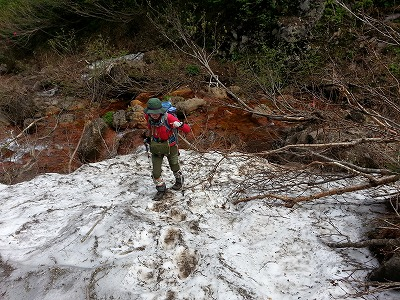 斜里岳旧道雪渓1