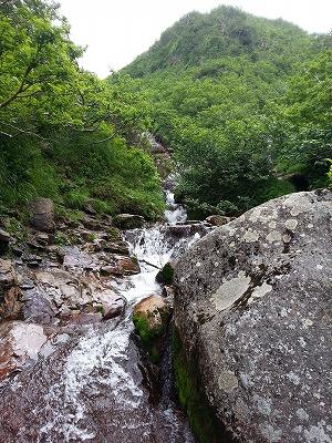 斜里岳七重の滝