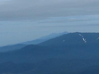 斜里岳馬の背より知床連峰遠景