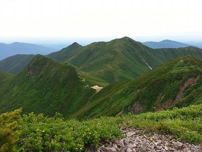 山頂より南斜里岳