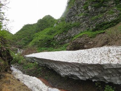 斜里岳雪渓2