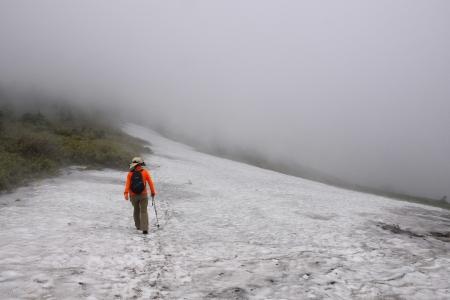 9駒山頂へ