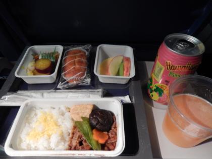 SFO+HNL2015.7デルタ航空ホノルル行・機内食
