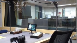 ラジオブース4
