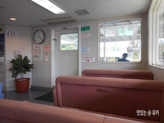 桜島フェリー船内