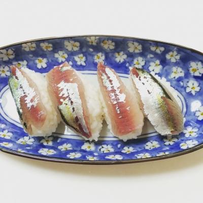 ムロアジの握り寿司
