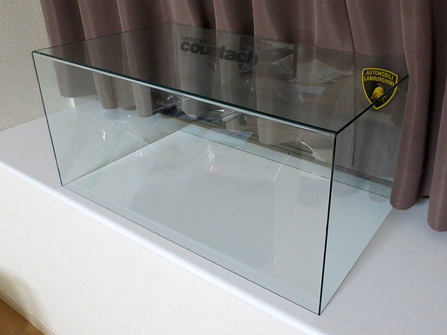 Weekly_LP500S_Display_Case_10.jpg