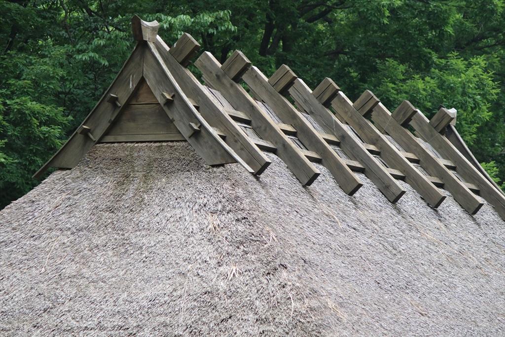 グシグラという屋根棟