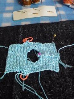 344両袖編みました。
