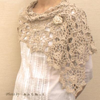 無料編み図ショール毛糸あみもねっとスーピマシルクエレガントなストールコサージュつき