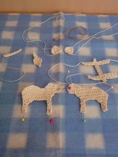 621お鼻編んで。パーツ全部編みました。
