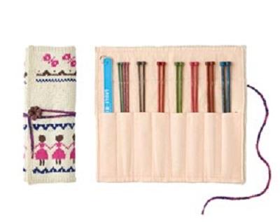 815ピエロオーガビッツワン編み込み模様の棒針編みケース中身