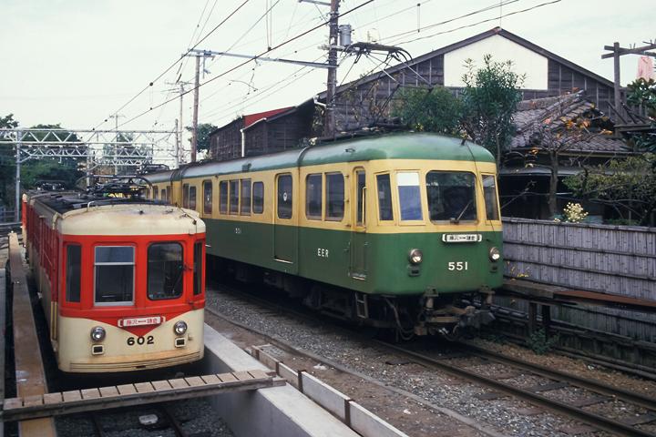 6211江ノ電_旧500形&600形_江ノ島駅付近
