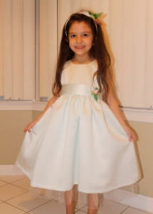 フラワーガール用ドレスお花付き