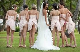 海外おもしろ結婚式画像_パンツ丸見え