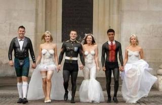 海外おもしろ結婚式画像_ボディタトゥー