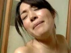 藤江由恵【三十路】:借金取りから恩人を守るため人身御供になる人妻