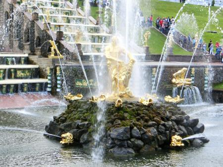 ペテルゴフ 噴水公園4