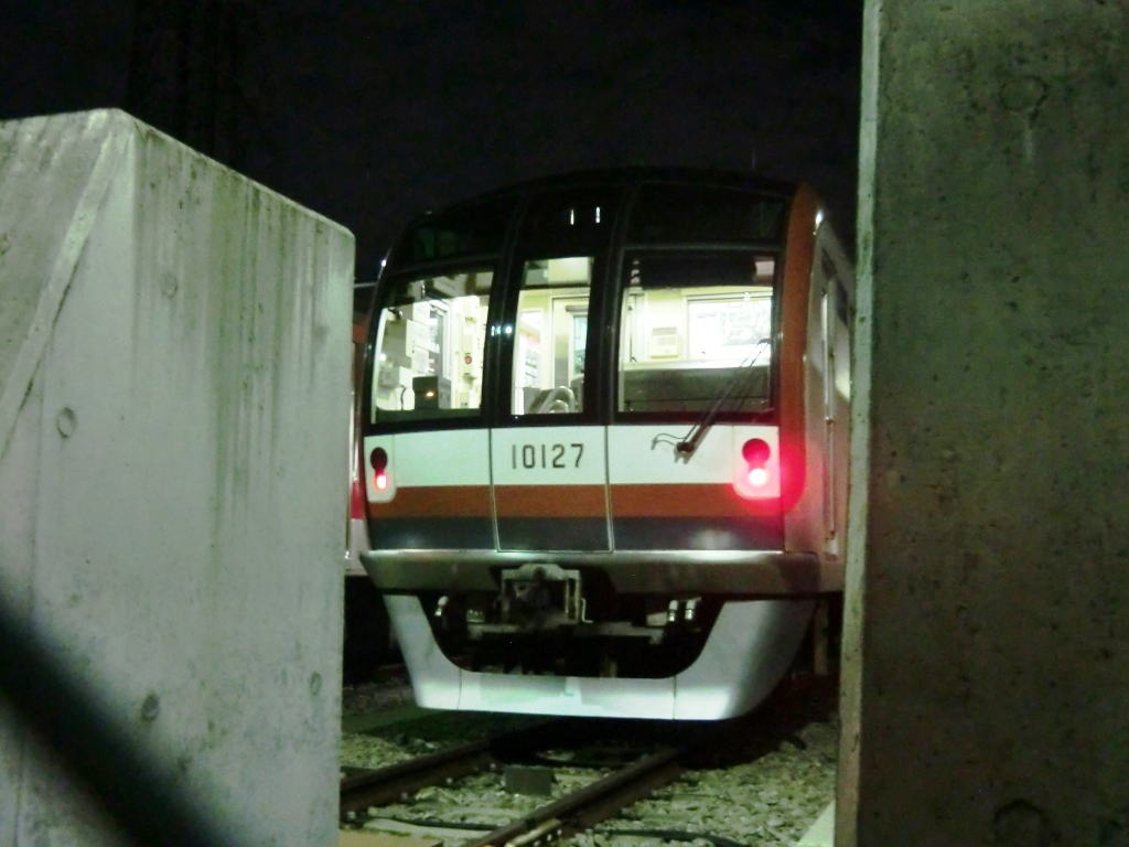 10127F.jpg