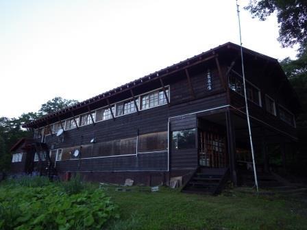 IMGP2331 山小屋全景
