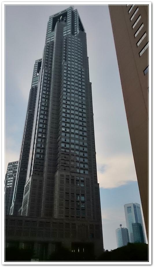 土曜聴いたコンサートの感想が出て来るまで、高層ビル見て思い出した話で前置きが長いです(* ▼ *;)