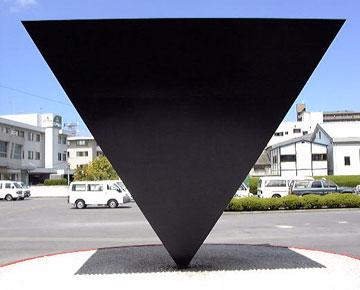 逆ピラミッド構造