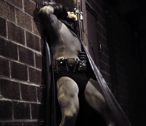 バットマン やられ 敗北 ピンチ ヒーロー