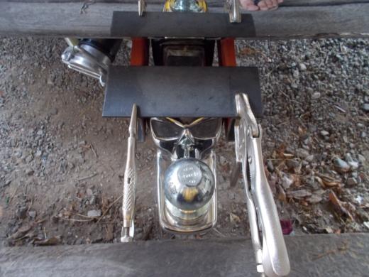 発電機の台を作成する (4)