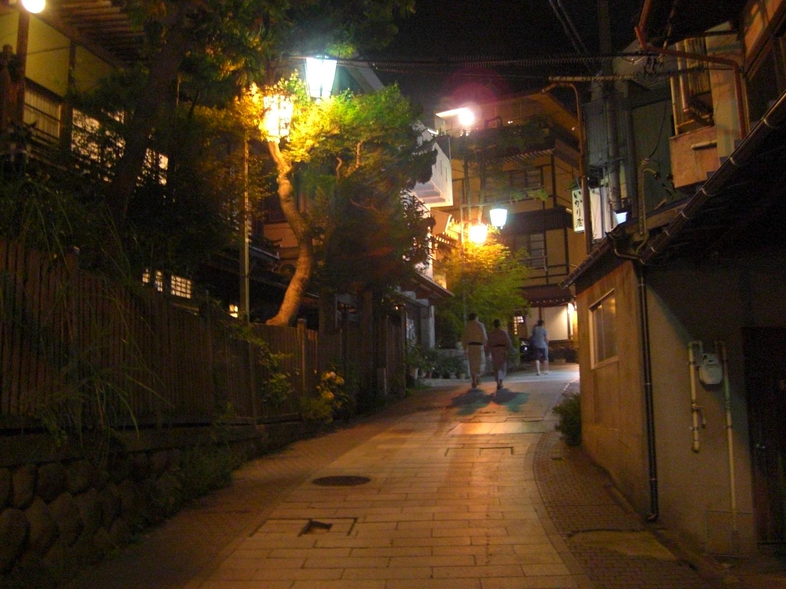 夜の渋温泉3