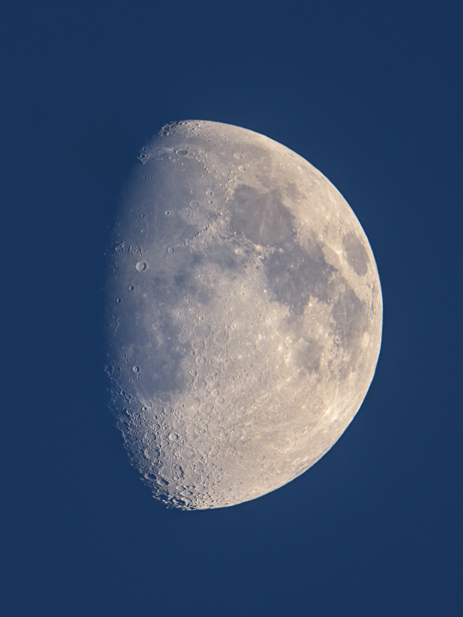 moon_150726_d810_afs_500mm_f4_fl_tc14e3_5036.jpg