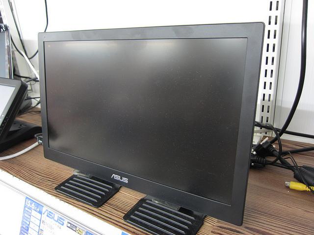 MB168_11.jpg