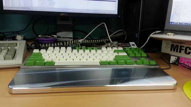 Mechanical_Keyboard_Palmrest3_02.jpg