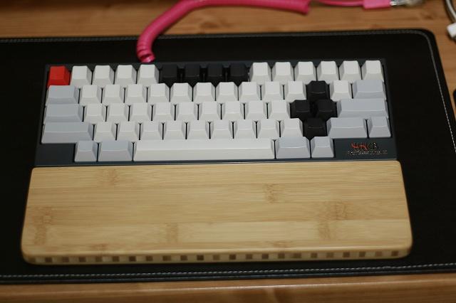 Mechanical_Keyboard_Palmrest3_13.jpg