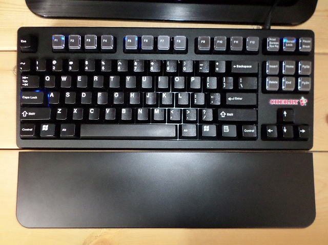Mechanical_Keyboard_Palmrest3_16.jpg