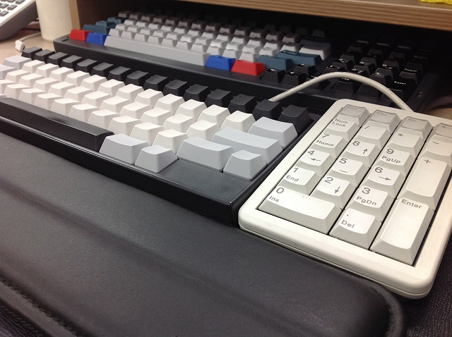 Mechanical_Keyboard_Palmrest3_27.jpg