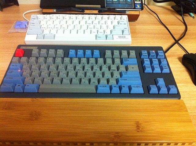 Mechanical_Keyboard_Palmrest3_46.jpg